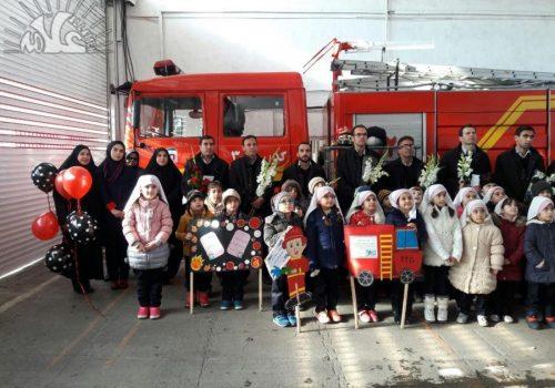 بازدید از آتش نشانی و تقدیر از آتش نشانان گرامی : ۶ بهمن ماه