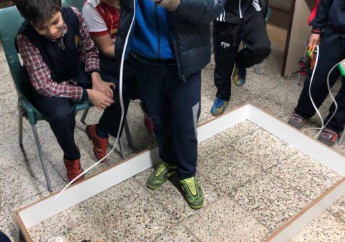 برگزاری مسابقات رباتیک درون مدرسه ای در دبستان نخبگان